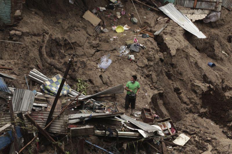 17 muertos y más de 1 millón de afectados dejan lluvias en Guatemala