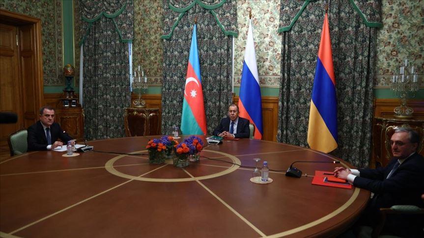 Armenia y Azerbaiyán acuerdan un alto el fuego en el conflicto de Nagorno Karabaj