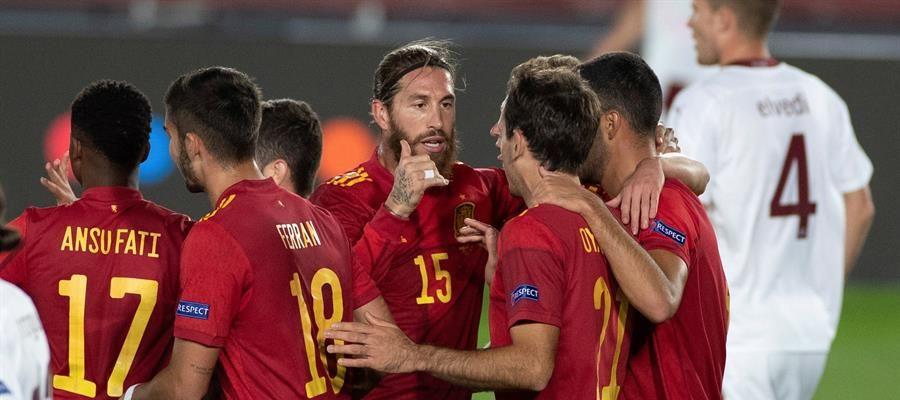 España vence Suiza y se mantiene como líder del Grupo 4