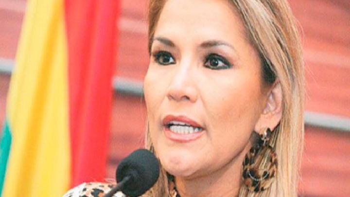"""Jeanine Áñez felicitó a Luis Arce: """"Les pido gobernar pensando en Bolivia y en la democracia"""""""