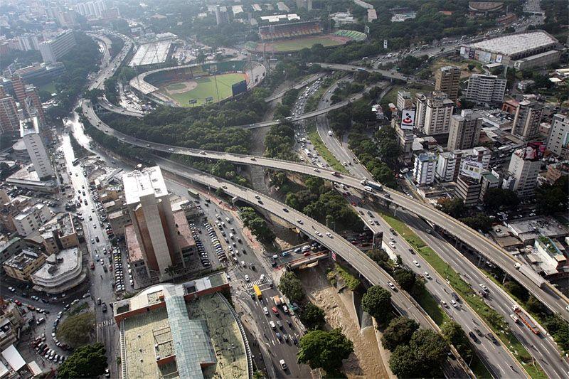Maduro le cambió el nombre a la autopista Francisco Fajardo por Cacique Guaicaipuro