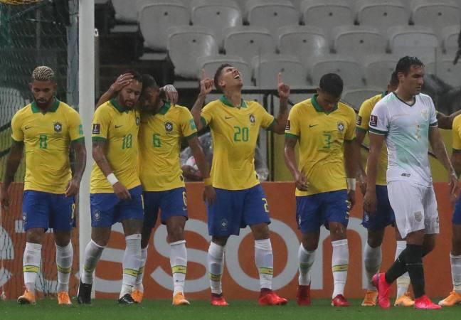 Colombia 3 -0 goleó a Venezuela en Barranquilla y Brasil destrozó a Bolivia 5-0