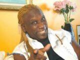 Muere el afamado cantante Henry Stephen, víctima de Covid-19